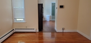 36 Clifton Street, Apt 1 at 36 Clifton St, Worcester, MA 01610, USA for 1350